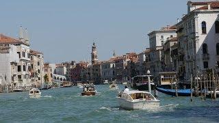 Venice, Italy - Round-trip on the Vaporetto (water bus) (Panasonic Lumix G5 Video)
