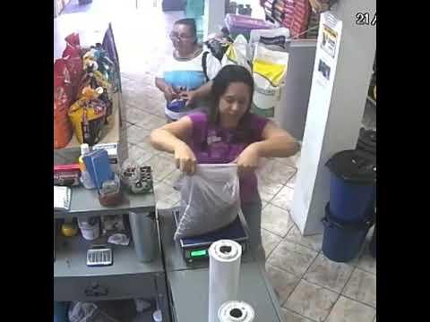 El ladrón menos pensado apareció y se llevó el dinero