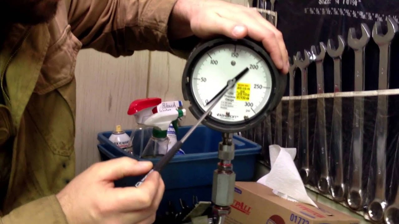 Tire Pressure Gauge >> Calibration of an Industrial Pressure Gauge on a Deadweight Tester - YouTube