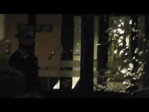 Bill Clinton problemen met de draaideur bij het vertrek @ grand hotel krasnapolsky