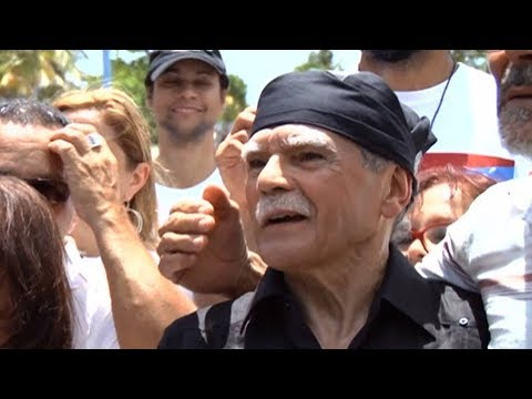 Oscar López Rivera on NY Puerto Rican Parade Controversy & Why He Doesn't Need an Honor to March