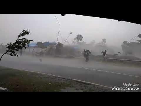 Bencana Hujan Angin Badai Di Alun Alun Banjarnegara, 07 November 2017