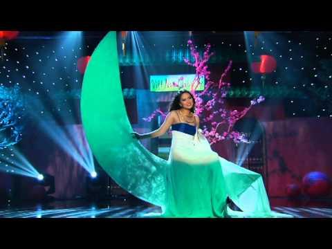 05 Anh Cho Em Mua Xuan Ho Hoang Yen ASIA Xuan Hy Vong 009