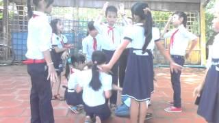 múa bài hát ngày khai trường