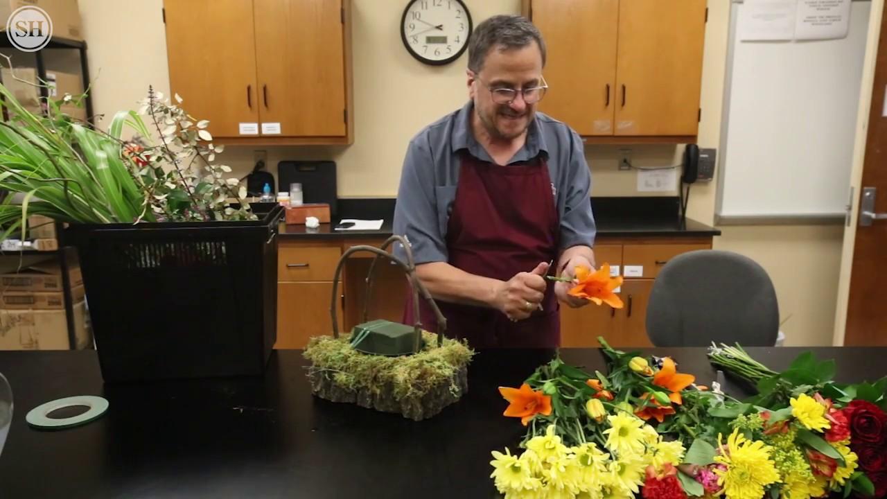Turn cheap flowers into a fabulous bouquet youtube turn cheap flowers into a fabulous bouquet izmirmasajfo