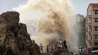 """الصين: مقتل 14 شخصا على الاقل جراء اعصار """"سودلور""""     10-8-2015"""