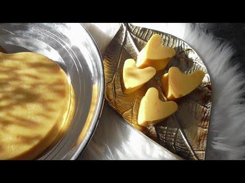 Lapis van Pompoen (kokosmelkpudding van hun kwe meel  en pompoen, dessert) Halloween toetje
