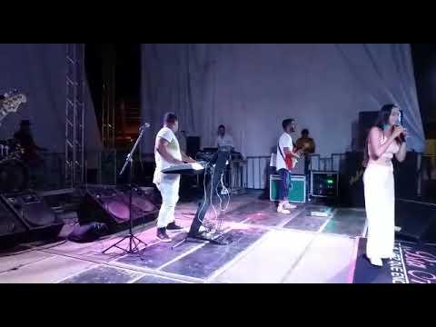 Bia Alves em Várzea do Poço-BA / Libera ela