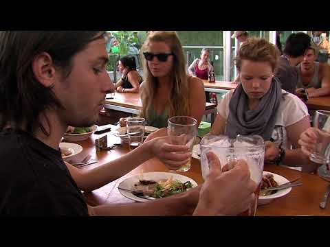Bunk Backpackers In Fortitude Valley Brisbane By Grasshopper Travel