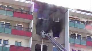 Feuer in Wohnung Marzahn Brodowiner Ring 15.06.12 Berliner Feuerwehr