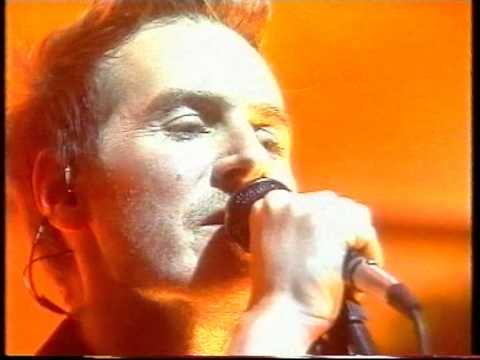 Massive Attack - Inertia Creeps (live) mp3
