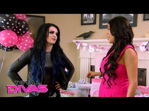 Paige reveals her secret to Rosa Mendes: Total Divas, April 5, 2016