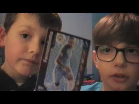 2 Tubes opening more Match Attax Cards