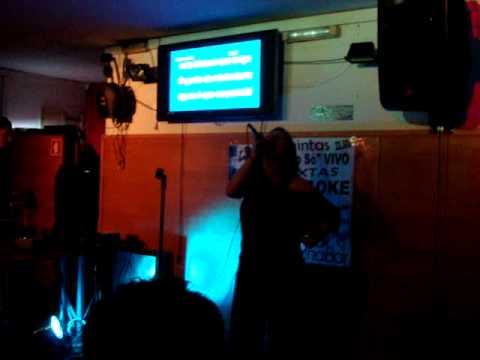 Joana Lopes Karaoke@Muralha Bar - Mariza - Oh Gente da Minha Terra