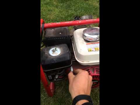 Honda GX120 petrol generator engine running water pump