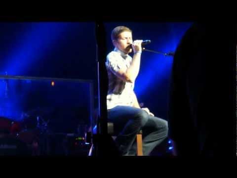 Josh Turner - I Wouldn't Be A Man (Birmingham, AL.)
