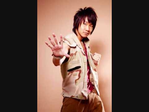JJ Lin- Qi Dai Ai (With Pin Yin Lyrics)
