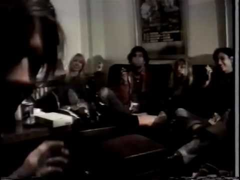 Sonic Youth and Babes In Toyland Interview  9-14-90 Bielefeld Germany Part 2