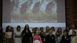 Мамы первоклашек тоже любят петь Гимназия 1358 Школьный концерт в честь 8 Марта