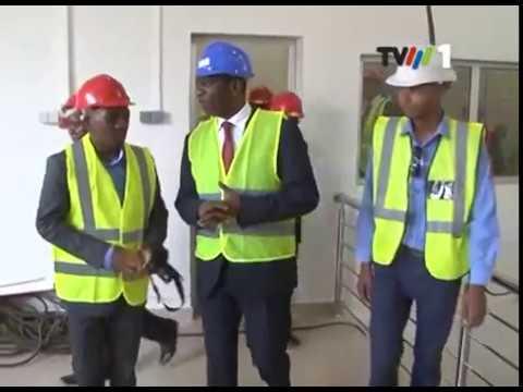 Download Primeiro Ministro visita instalações do FIPAG