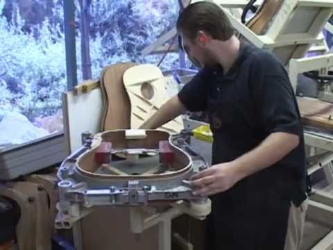 Makin Music -  Taylor Guitars Factory Tour
