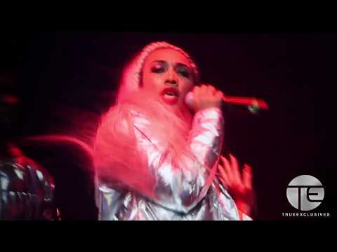 Zonnique Performs On 'The Great Xscape Tour'