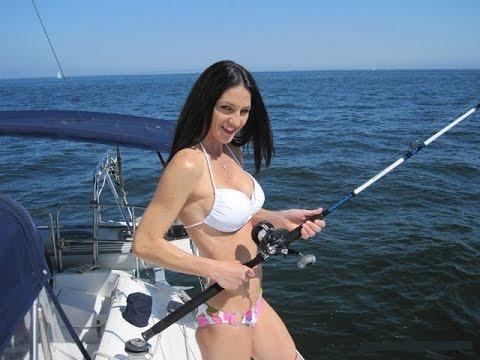 ❉ Hooking a Bizarre Giant Sawfish ❉ 15 Feet Long Sea Monster ...