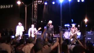 Guided By Voices - Tractor Rape Chain - Dayton, OH