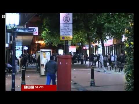 Birmingham Riots - Looting in Birmingham city centre