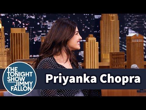 Priyanka Chopra Embodied the Dancing Emoji on the Emmy Red C