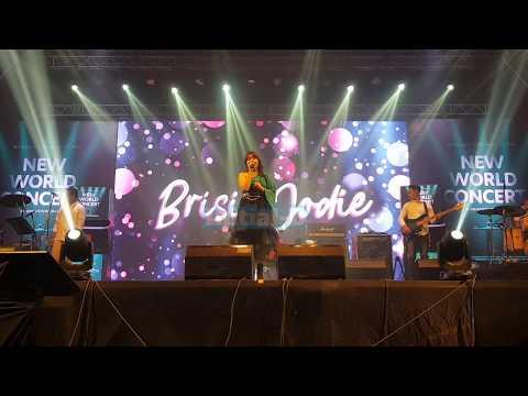 Brisia Jodie - Xiaomi New World Concert