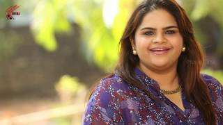vuclip Comedian Vidyullekha Raman Strong Reply To Her Fan Over Her Cleavage Show   Movie Time Cinema   
