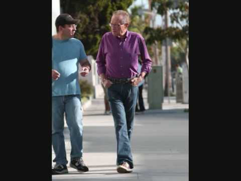 Larry King in Beverly Hills - PapaBrazzi Report