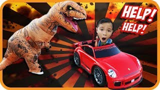 Giant Life Size Dinosaur Attacks Kids on Power Wheels (Skit)  – TigerBox HD
