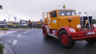 Alte Laster/ Trucks/LKW/Oldtimer   auf großer Fahrt