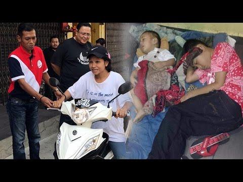 Snooker centre worker gets bike from Pasir Gudang Umno