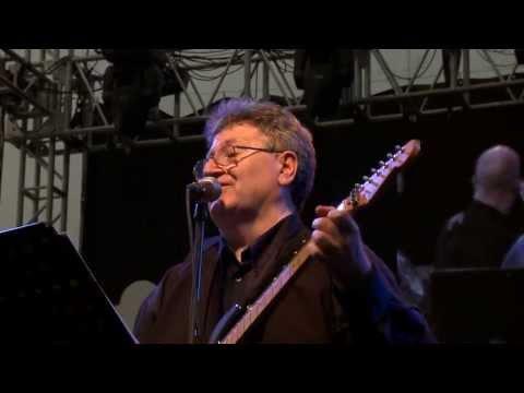 3+2 együttes - A babám fekete romalány - Gyere táncolj cigánylány - Sűrűn esik... 2012 HD