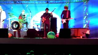 The Fixx performing their NEW song Beautiful Friction live @ the Santa Cruz Beach Boardwalk