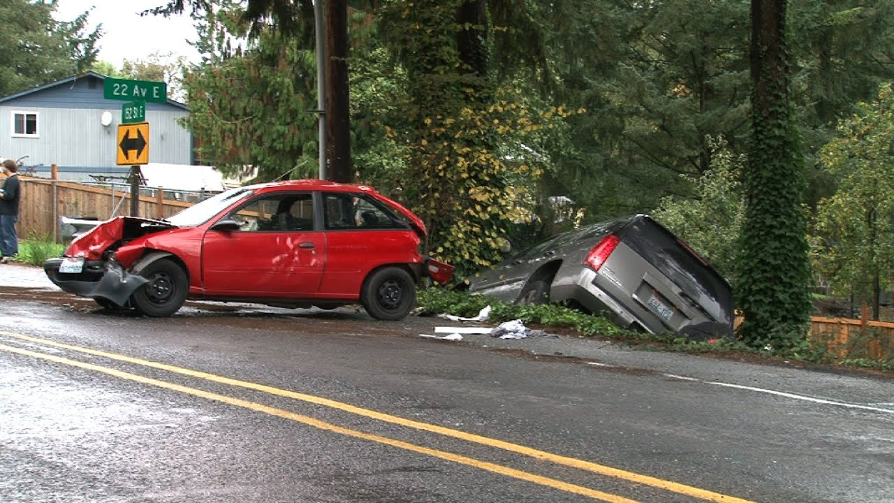 Four Car Injury Accident 152nd St E & 22nd Ave E Spanaway WA