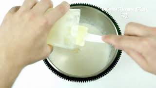 MAKE CHOCOLATE MINT ICE CREAM