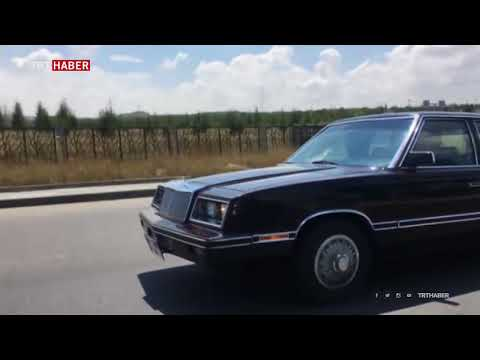 MHP Genel Başkanı Bahçeli, Bu Kez De Buick Ile Başkent Caddelerini Gezdi