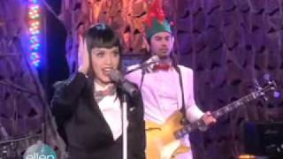 The Ellen Degeneres Show With Katy Perry - Hot N' Cold