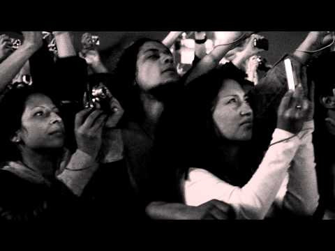 Red Hot Chili Peppers - View From The Road - Under The Bridge - Bogota [Official Behind The Scenes] Thumbnail image