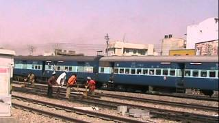Indian Railways WDM2 17648 & 16796 Departing Phulera Junction