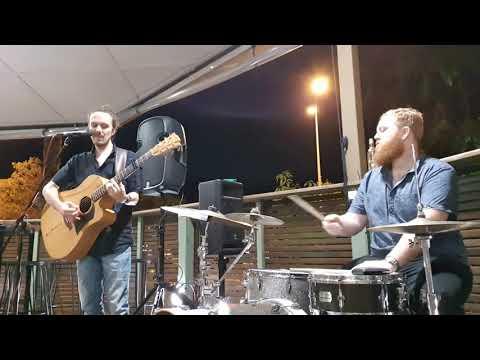 No Scrubs (TLC cover) - Nate Daniels duo @ Post Office Hotel