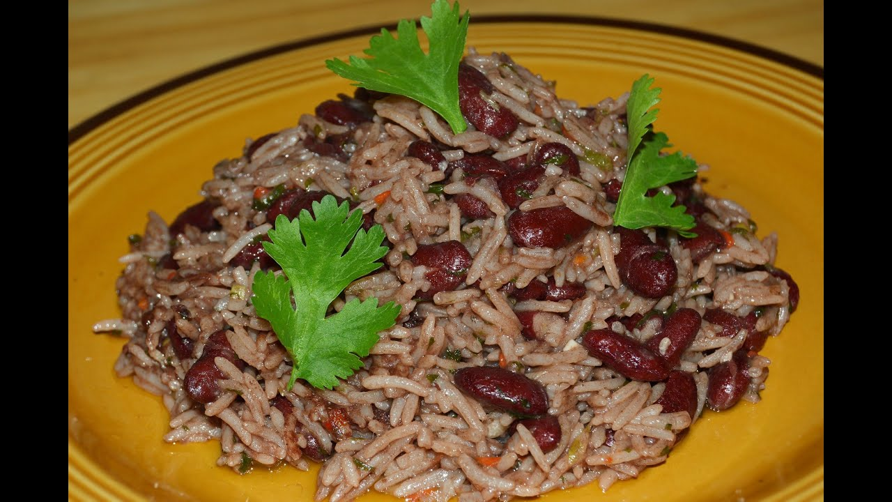 Latino Style Rice and Beans with Coconut Milk Recipe - Make It Easy Recipes