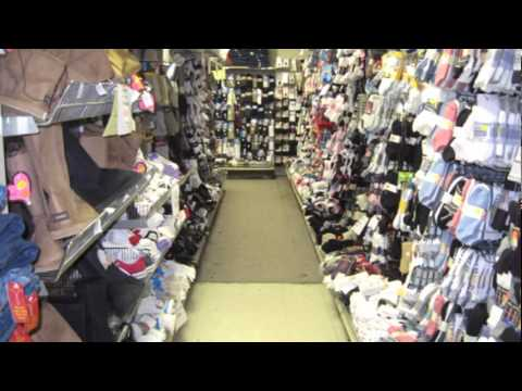 Len clothing store