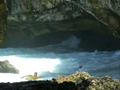 Dangerous Entrance And Exit For Surfing In Uluwatu Bali 2008