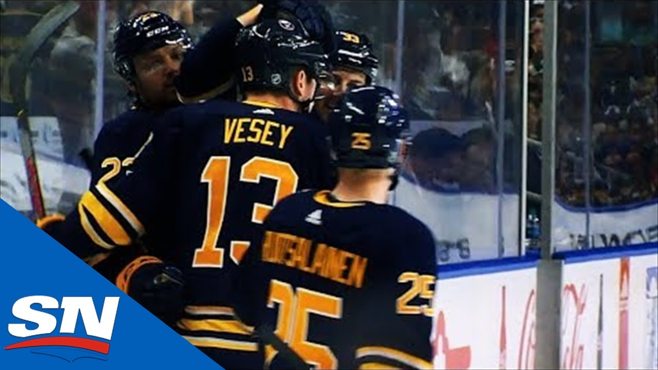 Sabres' Sam Reinhart Makes Great Pass, Jimmy Vesey Goes Bar Down