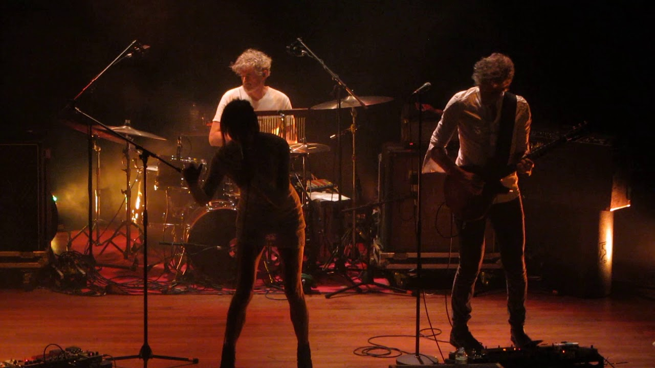 Blonde redhead live review — photo 8